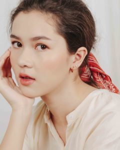 zoe breen singapore basic models female fashion